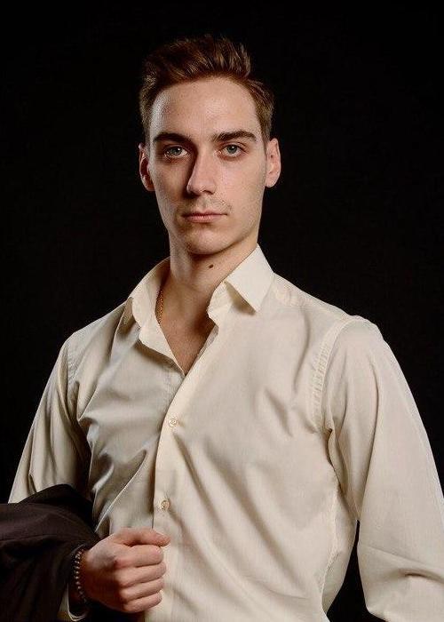 Олигов Богдан - тренер ProfitDanceClub